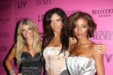 th_43590_Celebutopia-Marissa_Miller_and_Adriana_Lima-2008_Victoria23s_Secret_Fashion_Show_After_Party-04_122_1008lo.jpg