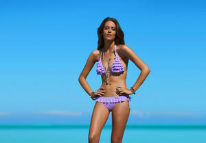 http://img127.imagevenue.com/loc111/th_936553857_UploadedByKurupt_Clara_Alonso_Baku_Swimwear_2011_12_122_111lo.jpg