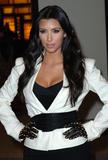 Kim Kardashian (Ким Кардашьян) - Страница 6 Th_43903_celebrity-paradise.com-The_Elder-Kim_and_Khloe_Kardashian_2009-12-08_-__Alexa_Chung_747_122_118lo