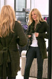 th_72693_78261-blake-lively-candid-chanel-boutique-nyc-09-0_122_1200lo.jpg
