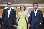 th_90874_Tikipeter_Jessica_Chastain_The_Tree_Of_Life_Cannes_061_123_135lo.jpg