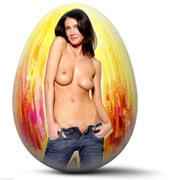 http://img127.imagevenue.com/loc167/th_127274965_EasterEggs_040410_009l_123_167lo.jpg