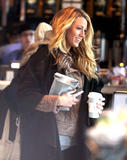 Блейк Лайвли, фото 4839. Blake Lively On the set of 'Gossip Girl' in Manhattan - March 5, 2012, foto 4839
