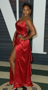 Serena Williams - Sweet Leg Action at Vanity Fair Oscar Bash (2/22/15)