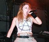 Angela Gossow 5. Doomsday Machine (2005) Foto 44 (������ ������ 5.  ���� 44)